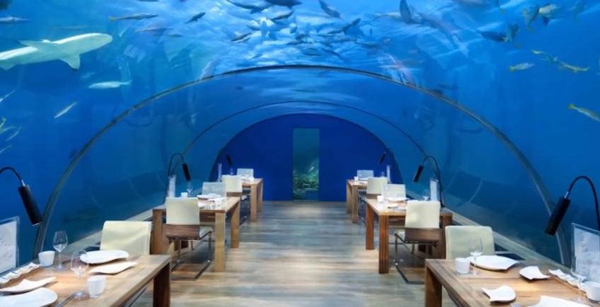 イター海中レストラン(モルディブ)