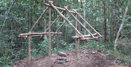 原始的な小屋の建て方_骨組み