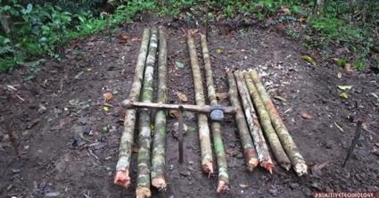 原始的な小屋の建て方_枠組み
